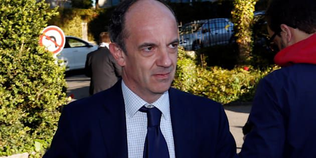 De Arnaud Montebourg à Michel Platini, qui est Thomas Clay, l'arbitre de la primaire de la gauche?