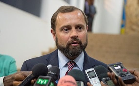 Aggravation de la crise politique en RDC; Tom Perriello accuse le gouvernement