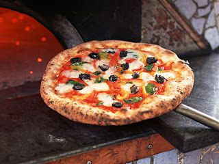 No job? Change your life: become a pizza chef!