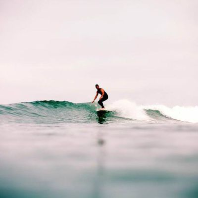 1000savagecomforts:  By Willie Kessel  #surf #peace