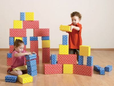 Let your Kid build and play with Construction Toys