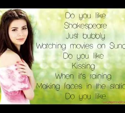 "Miranda Cosgrove ""Shakespeare"""