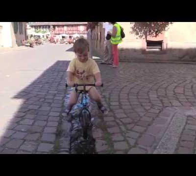 Vidéo Jérémy au tour d'Alsace cyclisme 2016 à Kientzheim