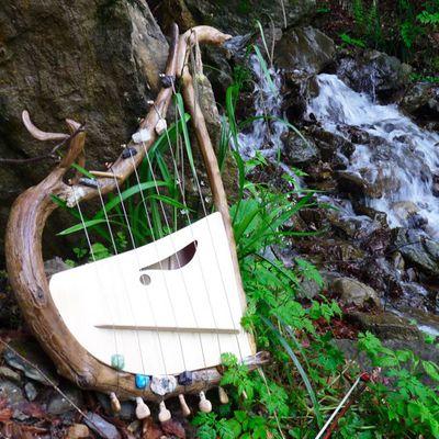 Improvisation au bord de la cascade