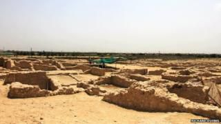 The island of Bahrain is the ancient Dilmun or Tilmun