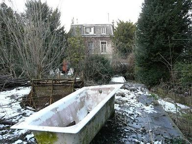 Le jardin hanté de la veuve Céline