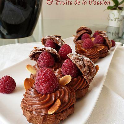 Choux à la ganache Chocolat au Lait & Fruits de la Passion.
