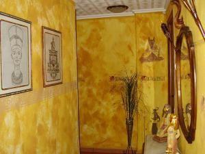 Pasillo - decoración egipcia.