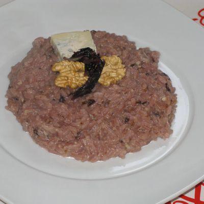 Risotto al radicchio con crema di noci e gorgonzola