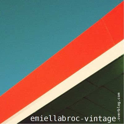 emiellabroc-vintage-retro-kitch