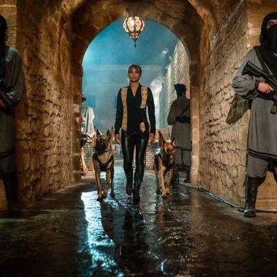 Exclusivité Cinesphere l'entrainement d'Halle Berry & Keanu Reeves pour John Wick Parrabellum