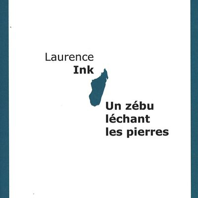 Un zébu léchant les pierres - Laurence Ink
