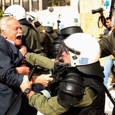 Manolis Glézos, 73 ans de Résistance !