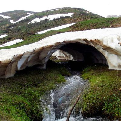 Fonte des neiges Tikejda Algérie