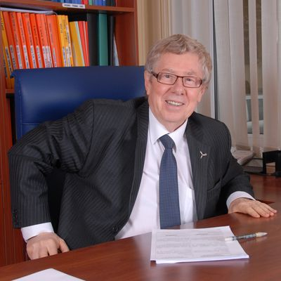 Jean Roche - Chairman of BETEN International