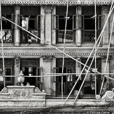 """""""Garder la ligne"""" - Katmandou - Népal - 2013"""