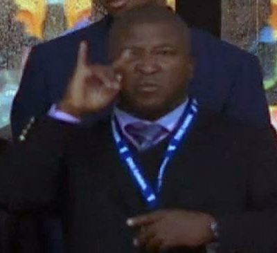 Outrage over 'fake' interpreter at Mandela memorial