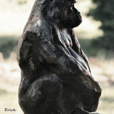 gorille sculpture bronze