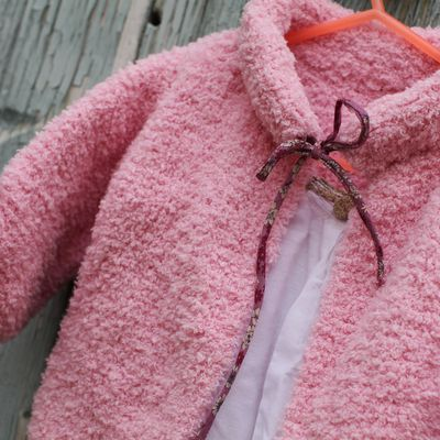 Pink vest handmade with baby whool
