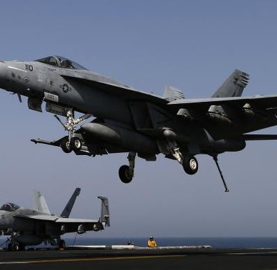 Air strikes target Islamic State (ISSL)