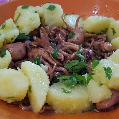 Moscardini alla Falanghina con patate