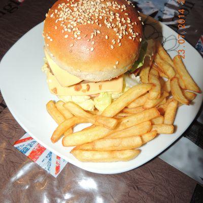 hamburger momix