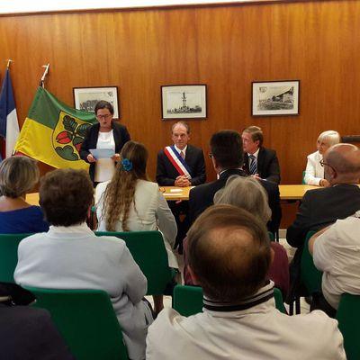 Jumelage: Signature de la charte à Fleurieu