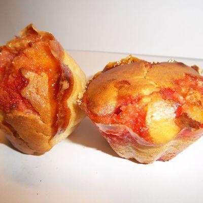 Muffins à la fraise en bonbon.