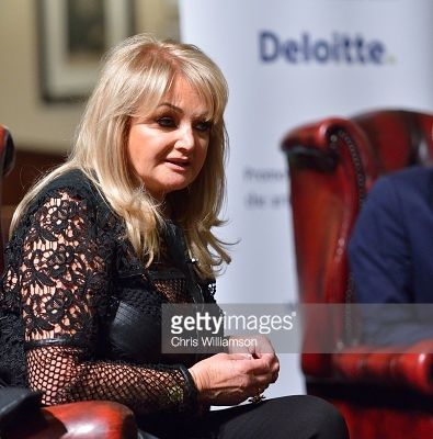 [NEW PHOTOS] Bonnie Tyler at Cambridge Union Society - 3/03/2015