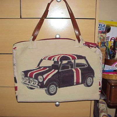 Un sac en accord avec ma voiture de collection