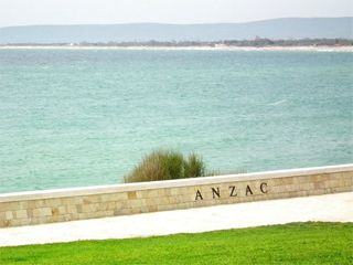 Anzac Day Service in Gallipoli 2015 – Option 3