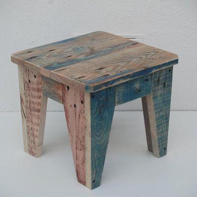 Tabouret personnalisé, bois de palettes recyclé