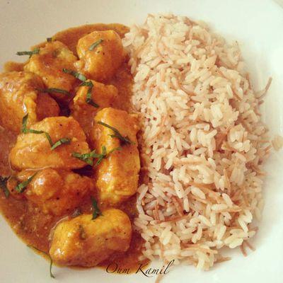 Dés de poulet & Sa Sauce au Curry