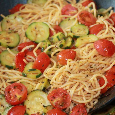 Spaghetti courgettes et tomates cerise
