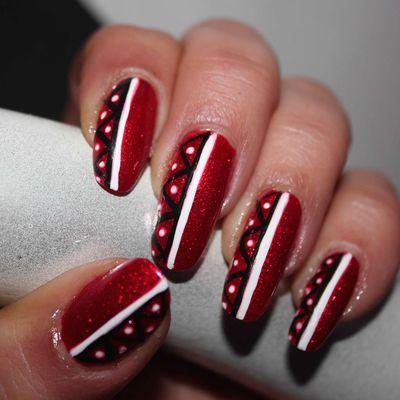Nail Art Glamour Géométrique....tuto Spécial débutant