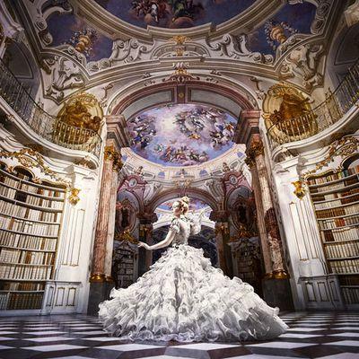Gigi et sa librairie!