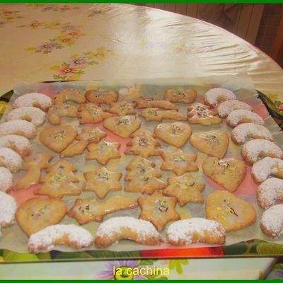Faire ses Petits Biscuits de Noël au trois parfums