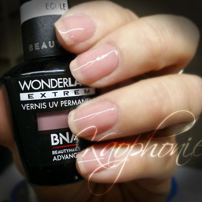 French au vernis permanent sur ongles courts ^^
