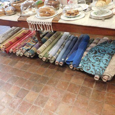Dizaines de tissus haut-de-gamme à découvrir chez Maison Bleu Lin