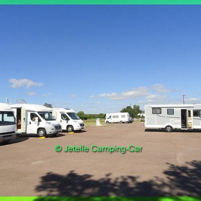 Aires et balades en Camping-Car: Jetelle