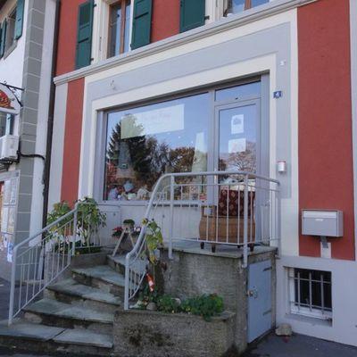"""Mercerie """"La Maison Rouge"""" à Savigny (Suisse)"""