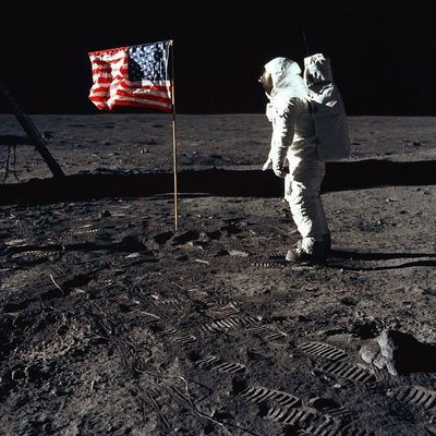 Il y a 47 ans... 20 Juillet 1969...