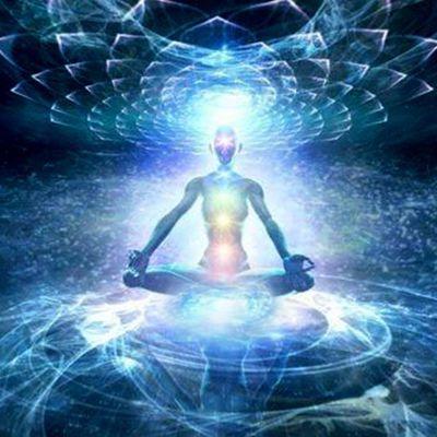 Une société spirituelle et surnaturelle
