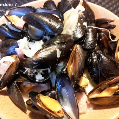 Moules lardons / camembert