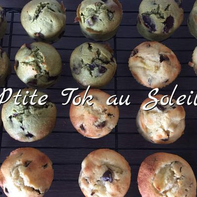 Muffins banane-choco et matcha-cerise