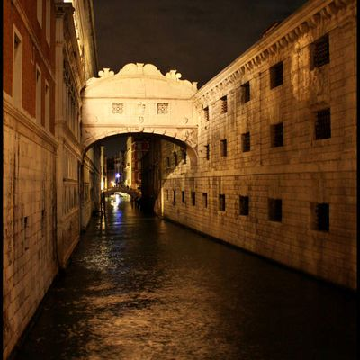 Venise by night...