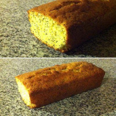 Cake citron, citron confits et graines de pavot bleu