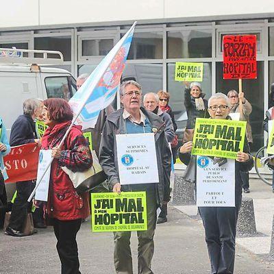 Hopital de Douarnenez : le comité de soutien a manifesté à Rennes (OF 29/04/2015)