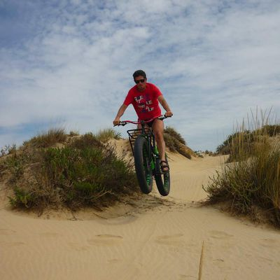 "PROBANDO EN LA PLAYA LA""FAT BIKE"" LA BH bigfoot."