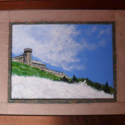 Sommet du mont Aigoual émergeant des nuages